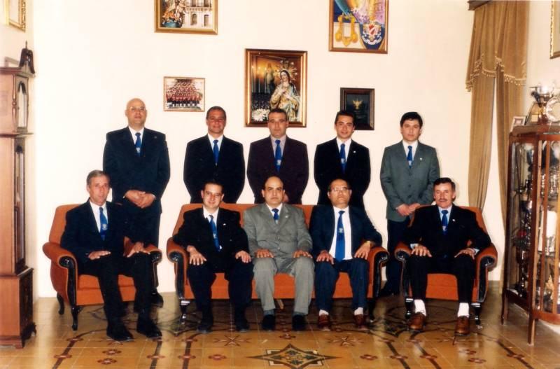 Kumitat Amministrattiv 1999-2001