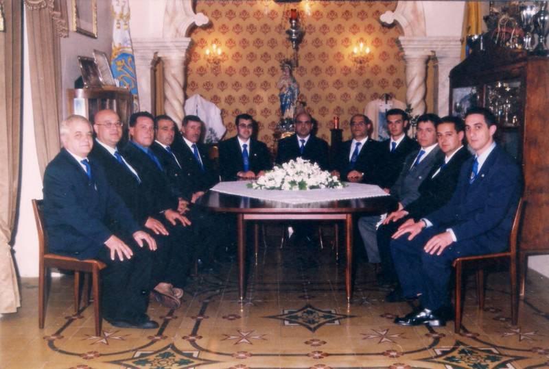 Kumitat Amministrattiv 2001-2003
